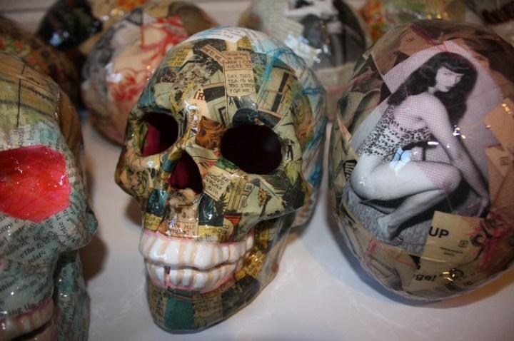 Burlesque diva dia Muertos skulls. Provided phto