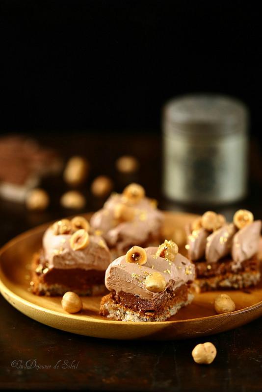 Dacquoise noisettes croustillant praliné et ganache au chocolat au lait