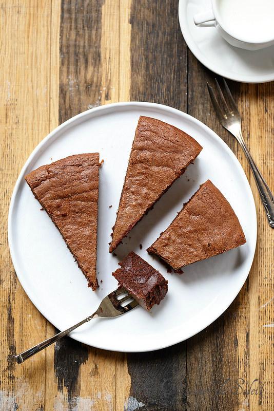 Dix astuces pour améliorer vos gâteaux au chocolat et vingt recettes (fondant chocolat marrons)