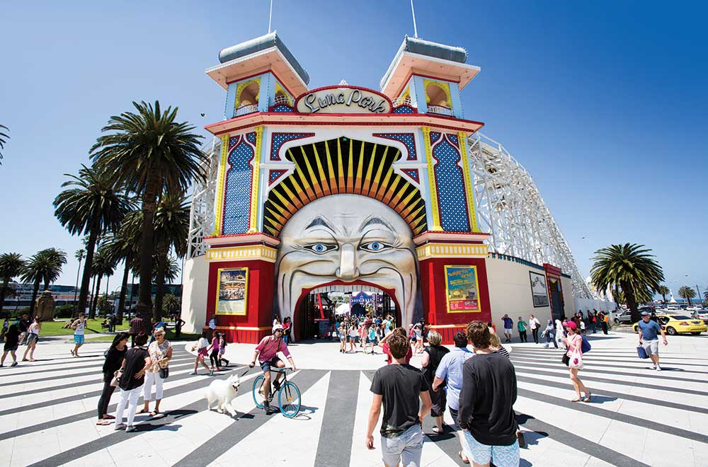 New Logo and Identity for Luna Park by SML Design