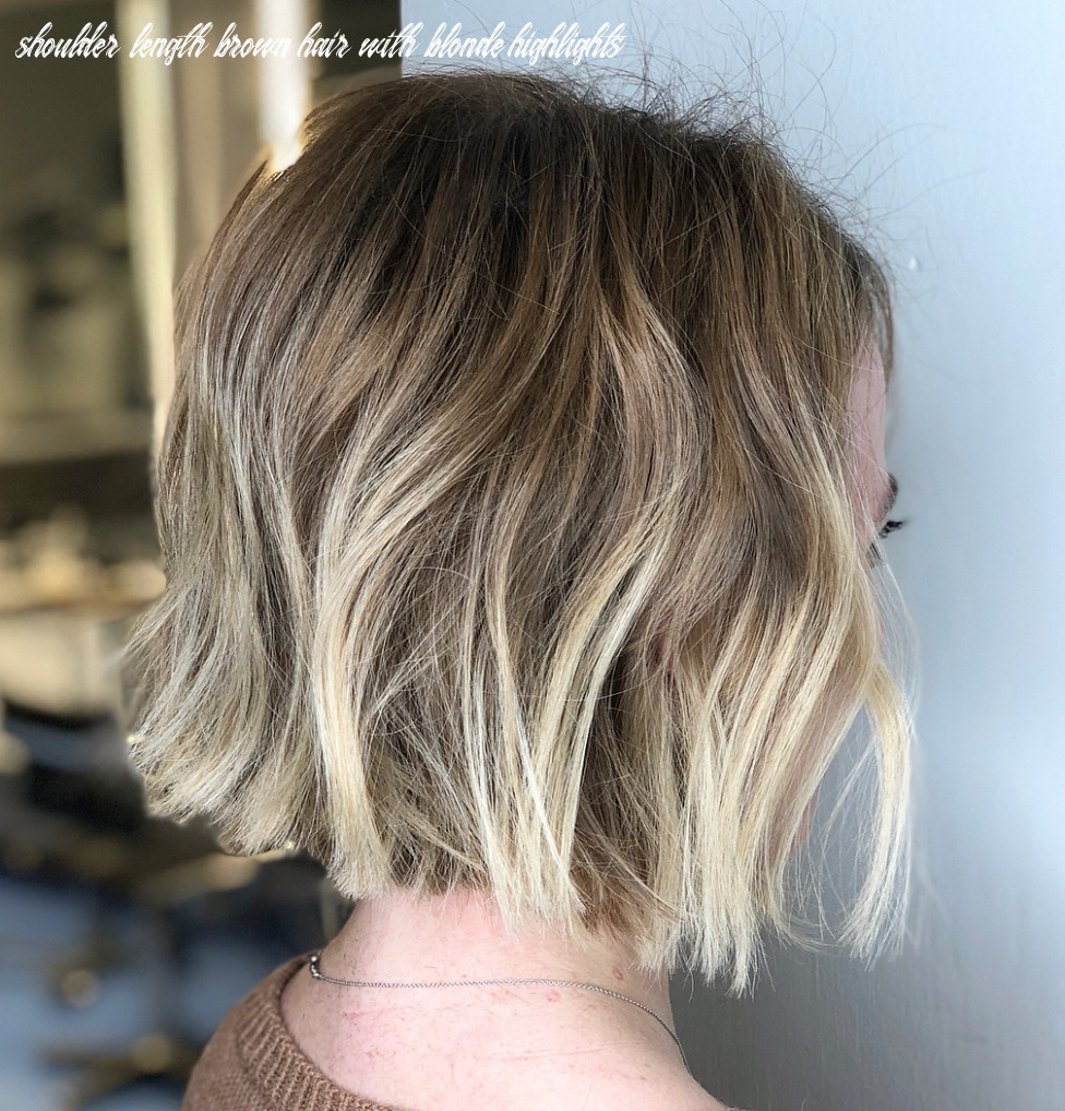 10 medium bobs from the best hairstylists hair adviser shoulder length brown hair with blonde highlights