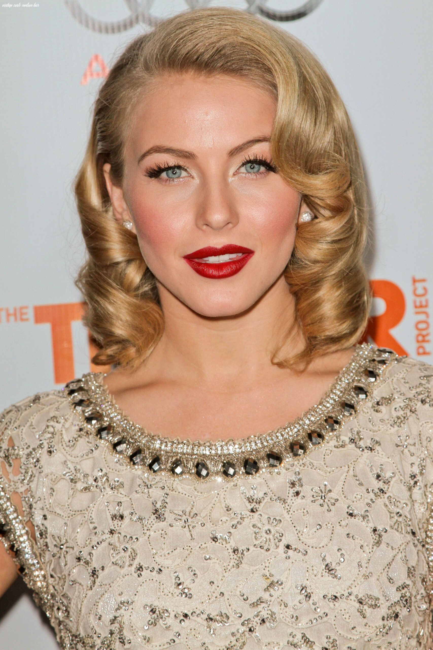 9 short hairstyle tutorials inspired by julianne hough   9s
