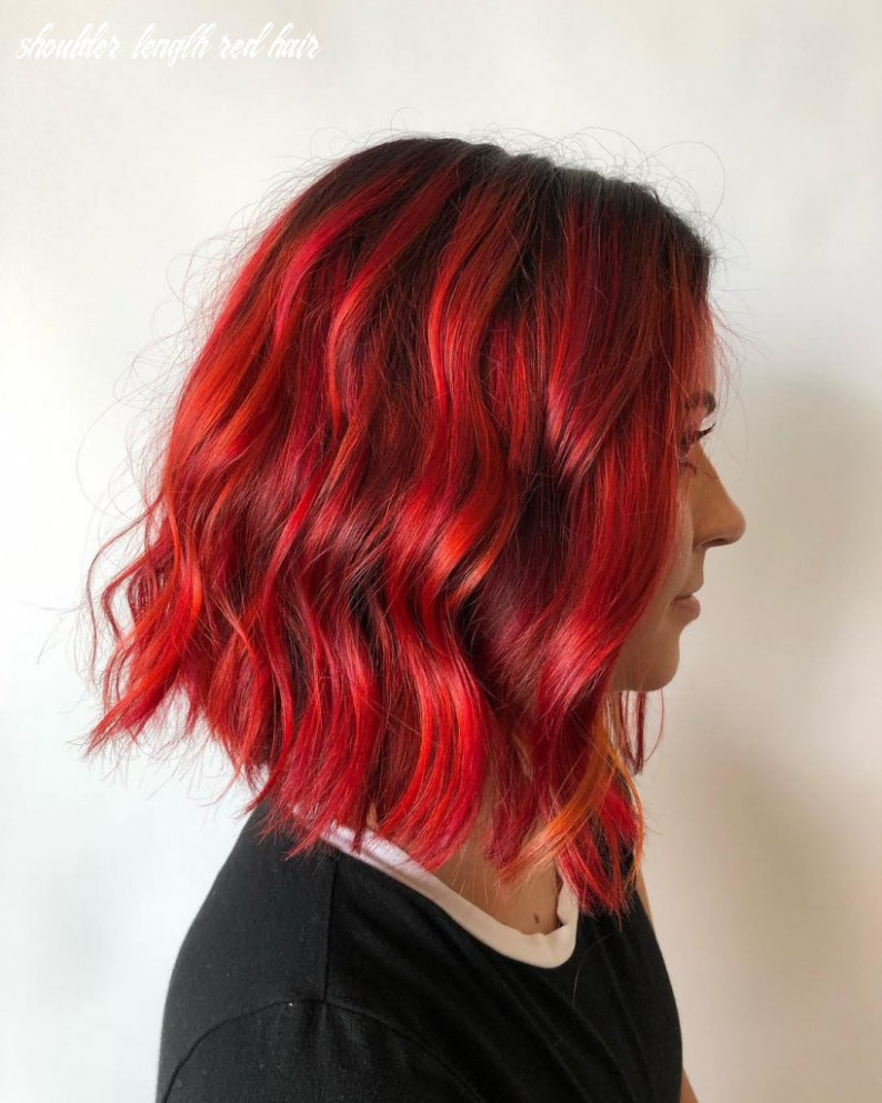 11 hair styles for gorgeous red hair prochronism shoulder length red hair