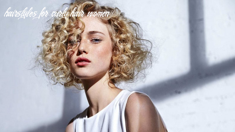 12 easy hairstyles for short curly hair the trend spotter hairstyles for curly hair women