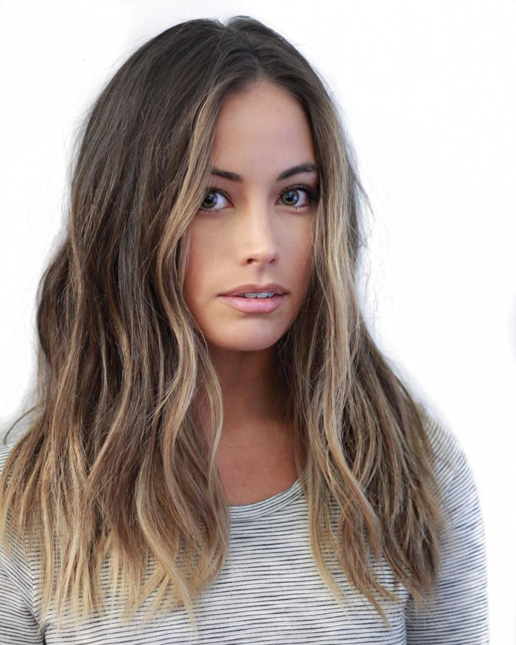Cool 9 stylish hairstyle ideas for mid length hair and mid length