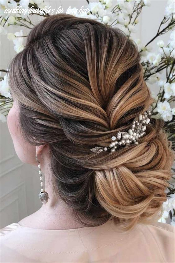 Gorgeous and stunning wedding updo hairstyles for long hair