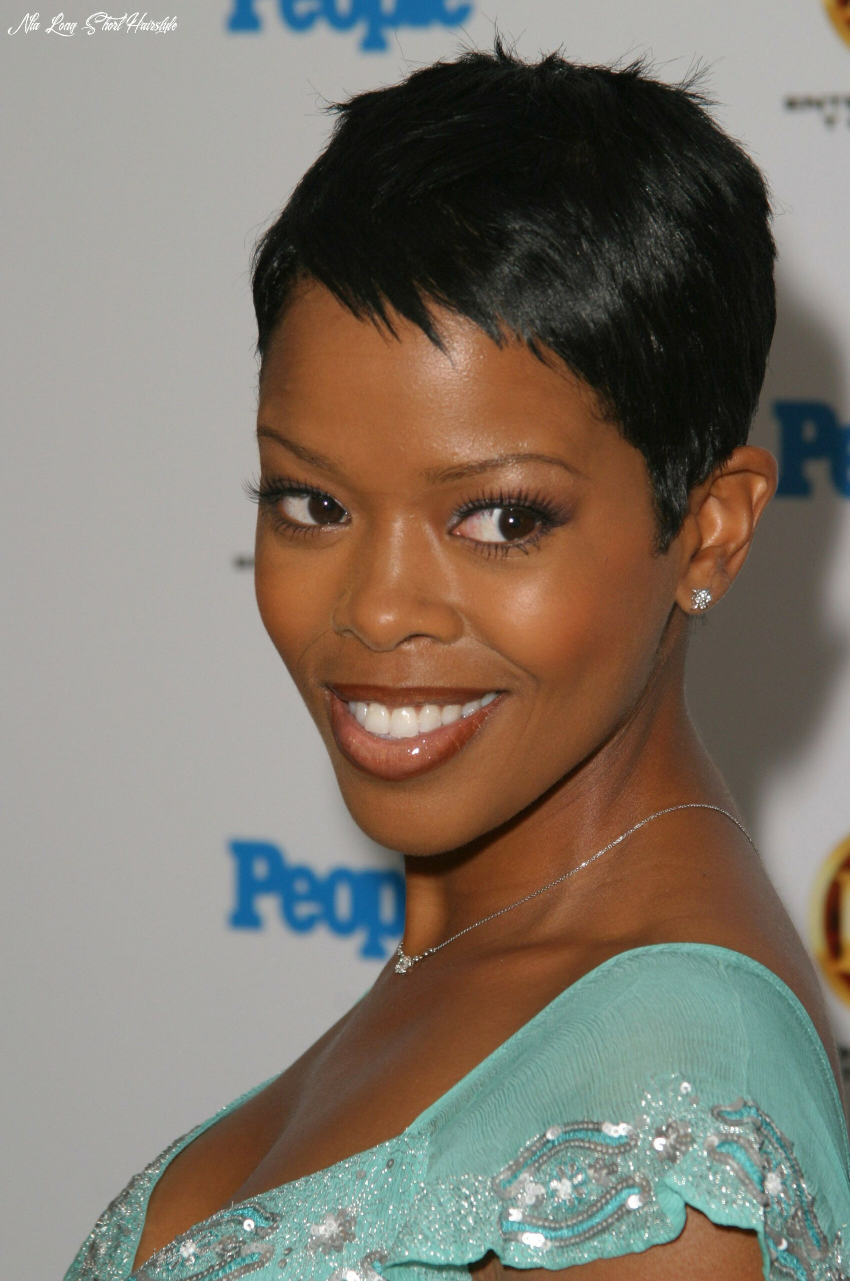 Why you must experience nia long short hairstyles at least once in