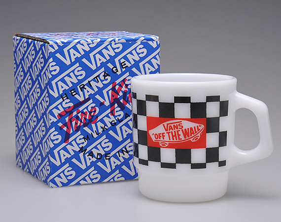 vans-fire-king-made-by-seven-stacking-mugs-01