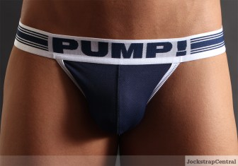 pump-free-fit-jock-access-trunk-46