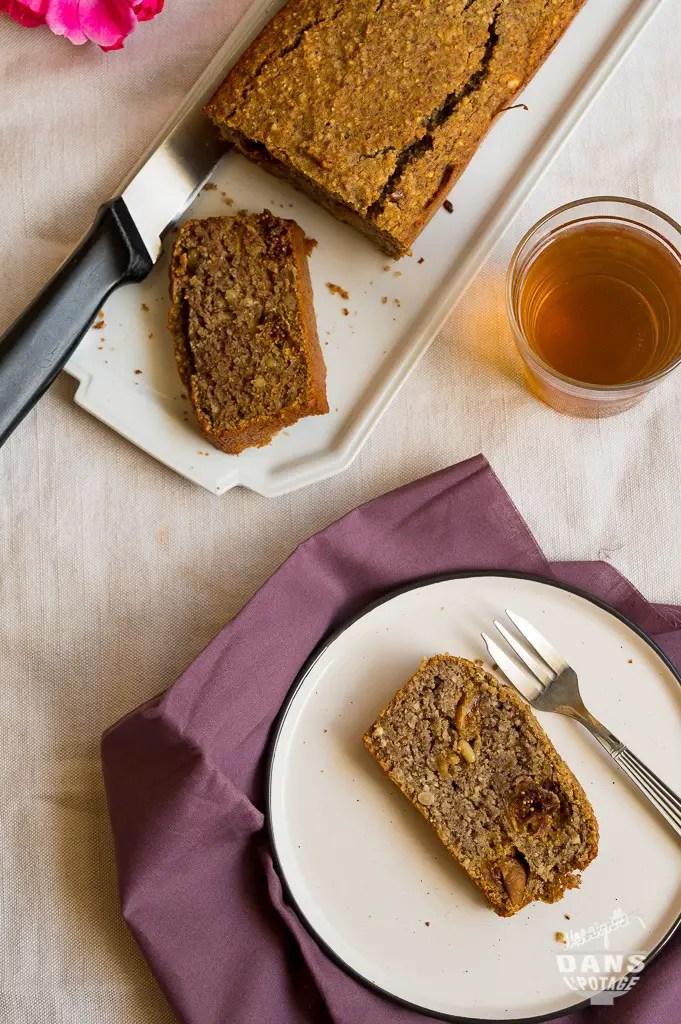 cake aux légumineuses et noisettes de Sonia ezgulian