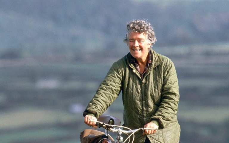 Dervla Murphy and her bicycle ©   The Telegraph/2011 GAMMA-RAPHO/NUTAN