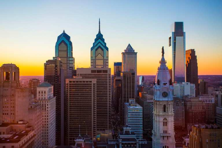 The Philadelphia skyline | © The Loews Hotel