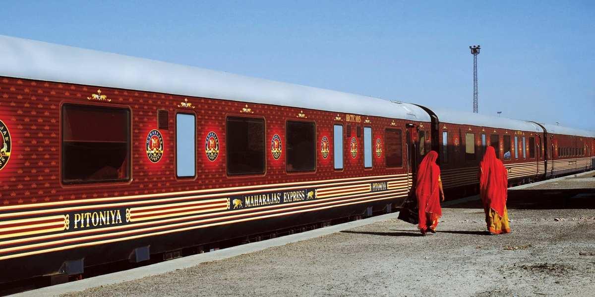 India's Maharaja Express | © Aswin Krishna Poyil/Wikimedia