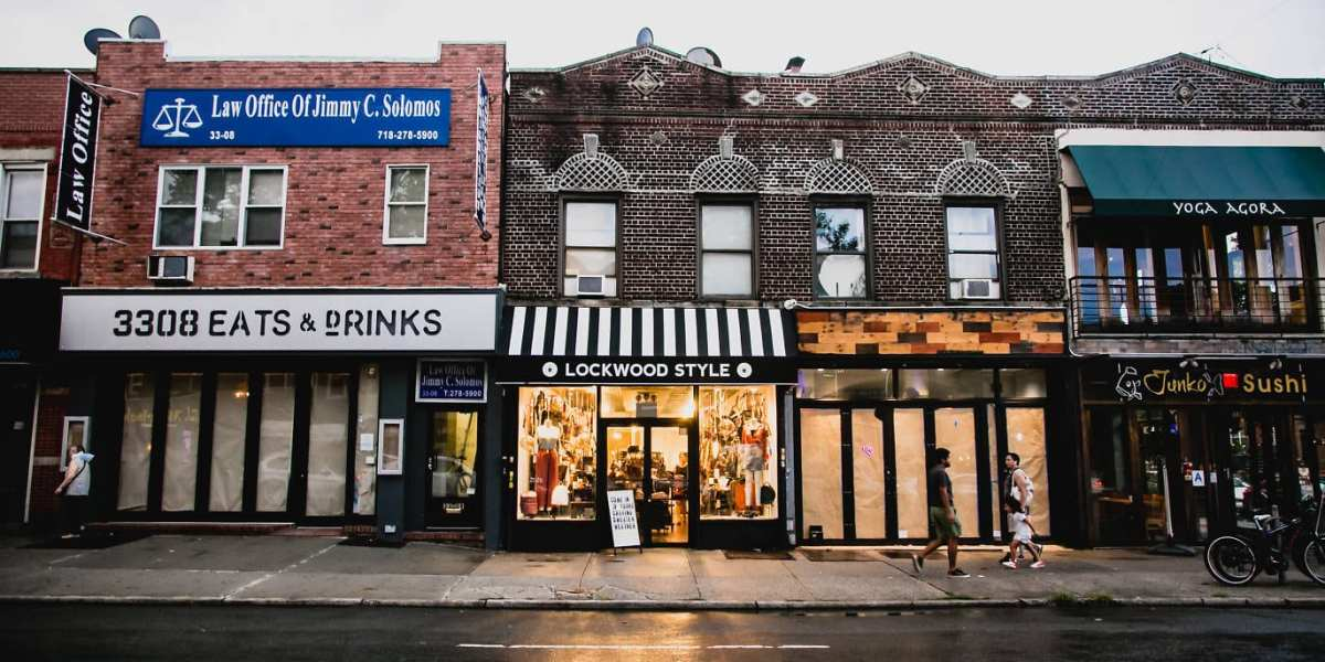 Lockwood Style on Broadway Avenue in Astoria, Queens | Time Out New York