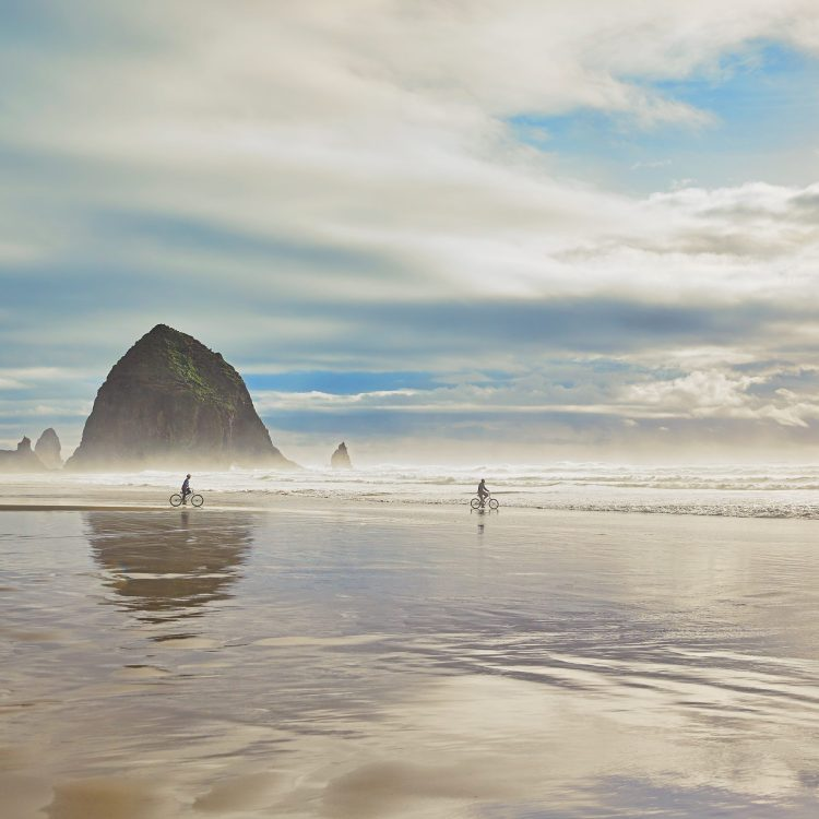 Why You Should Book a Stay at The Surfsand Resort in Cannon Beach