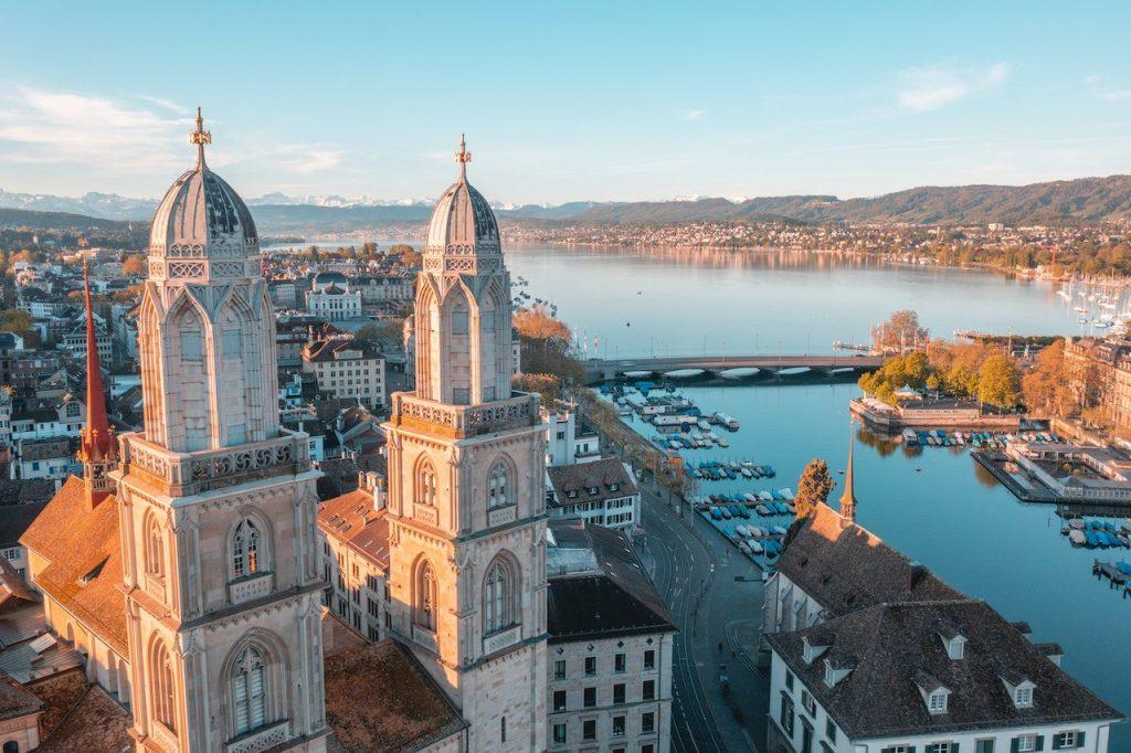 Zürich, Switzerland   © Henrique Ferreira/Unsplash