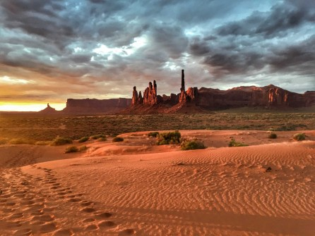 Monument Valley - 00023