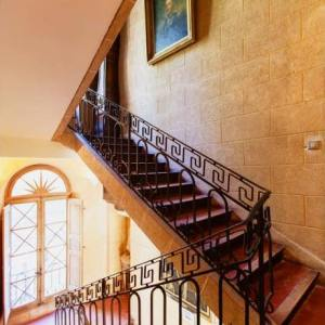 chateau-escalier