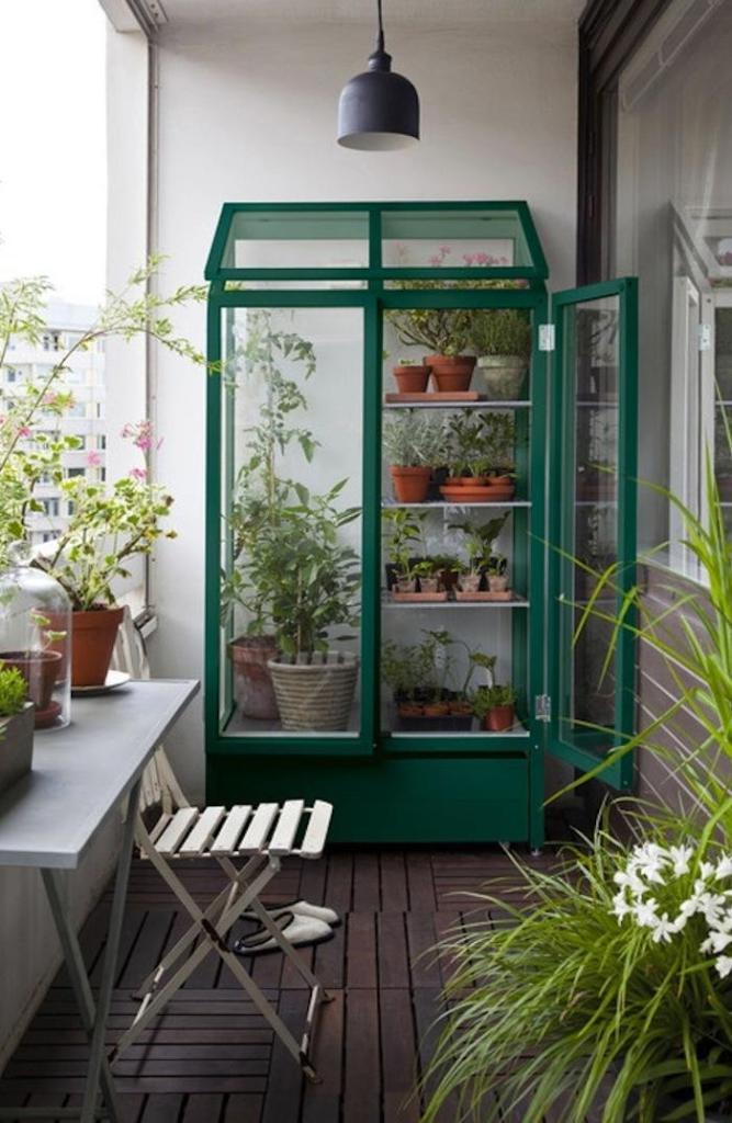 700_green-greenhouse-2