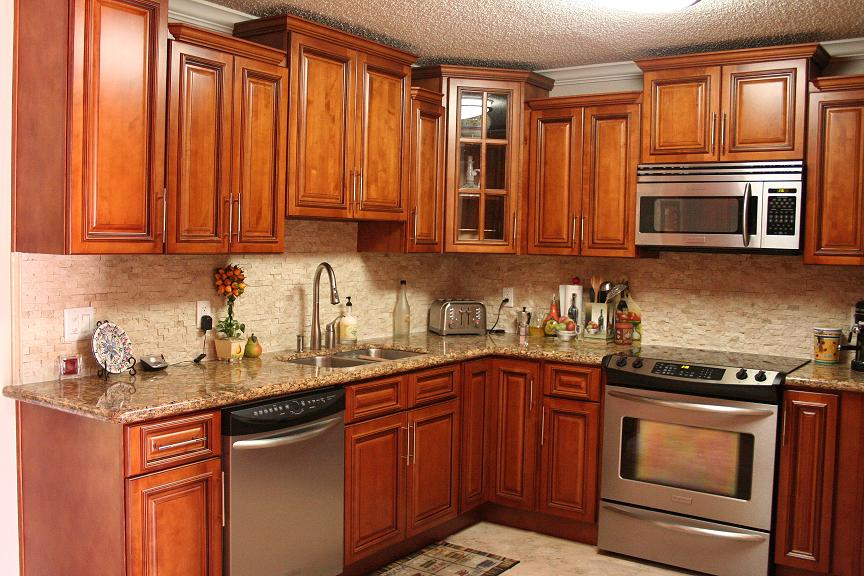 Honey Maple Kitchen Cabinets | A Creative Mom on Maple Cabinets Kitchen  id=85986