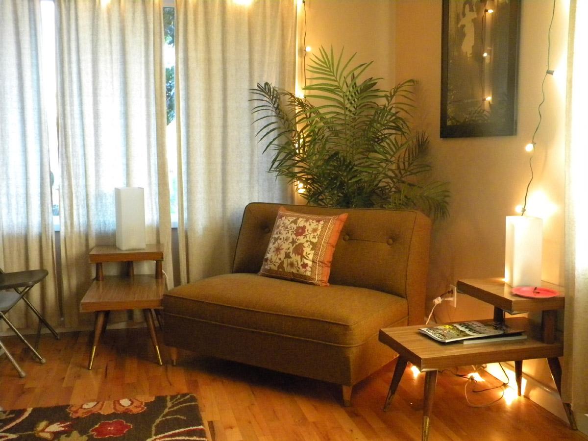 David Bazan Living Room Tour - [peenmedia.com]