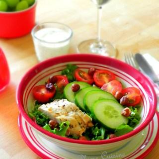 Salade de poulet, sauce au bleu