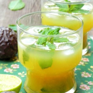 Cocktail-fruits-de-la-passion-menthe