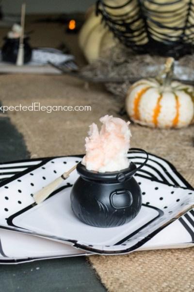 10 Minute Halloween Crafts | Smoky Cauldrons