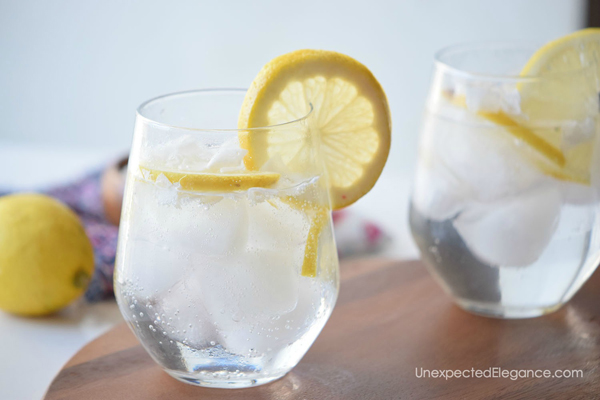 Summer is the perfect time for a refreshing drink. Instead of spending a fortune at Starbucks, give this Coconut Lemon spritzer a try!