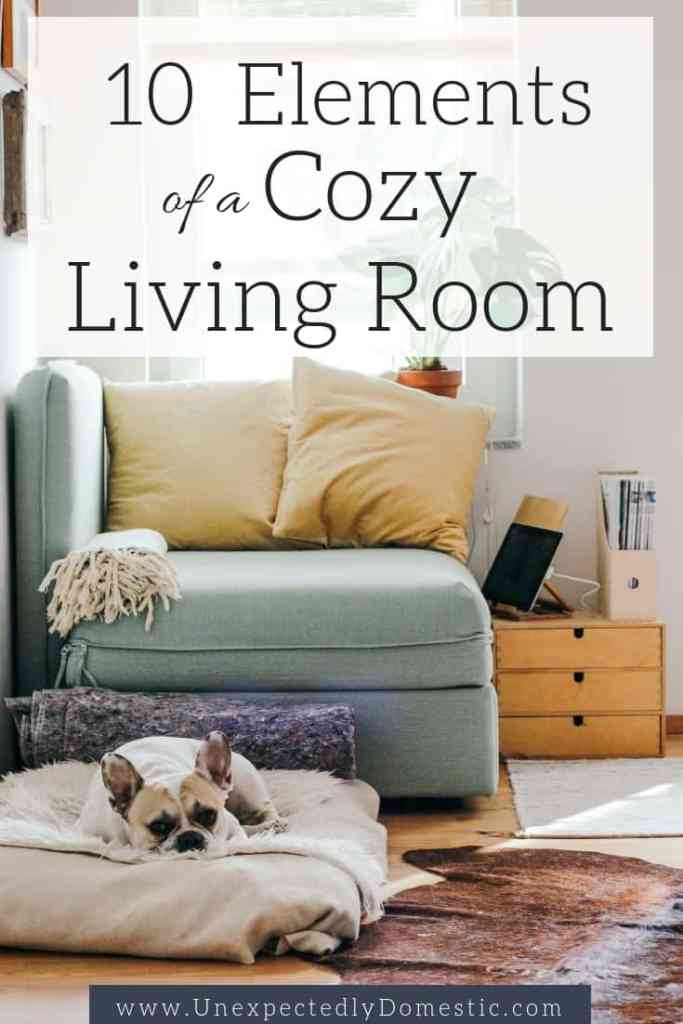 These 10 elements of a cozy home will give you a variety of warm and cozy living room ideas. Learn how to make your living more cozy and inviting!