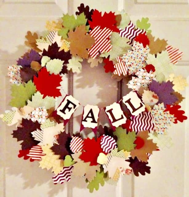 How To Make A Paper Leaf Fall Wreath (With Cricut)