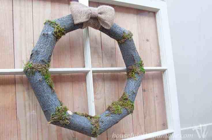 Woodsy Fall Log Wreath