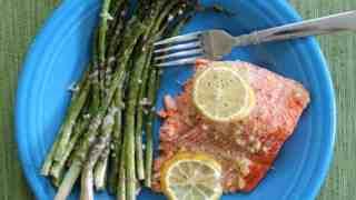 Lemon Garlic Salmon & Parmesan Asparagus