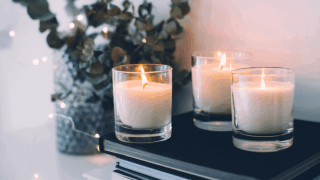How to Make Your House Smell Like a Spa (7 simple tricks!)