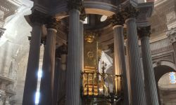 A photo of the tabernacle in the Cathedral - Cadiz, Spain