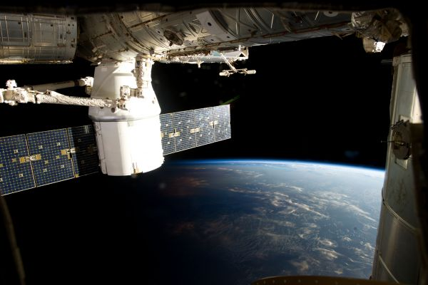 SpaceX Dragon Unexplained Mysteries Image Gallery