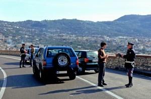 In Italien gelten andere Straßenverkehrsregeln als hierzulande. Foto: ADAC.
