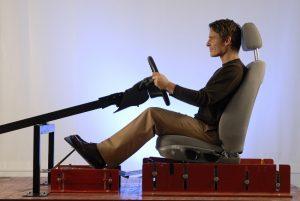 Die optimale Autositz-Einstellung verhindert Rückenschmerzen und garantiert maximales Reaktionsvermögen.  Foto: ADAC/Reiner Pohl.