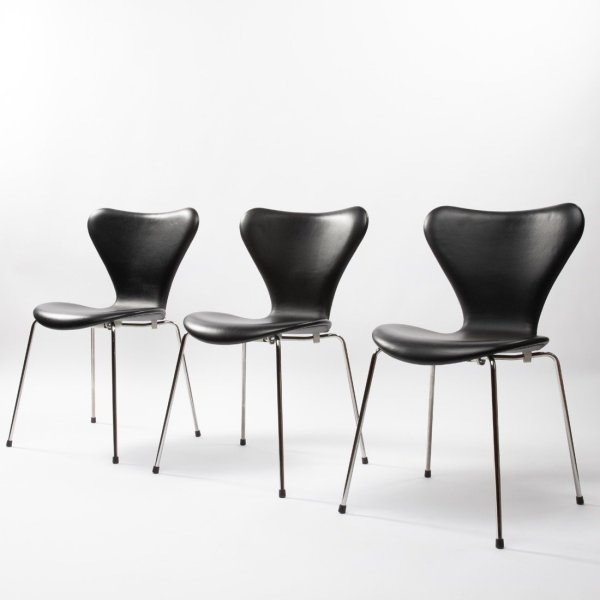 Set of 6 chairs by Arne Jacobsen - img04