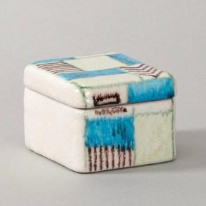 Ceramic box by Guido Gambone - img05