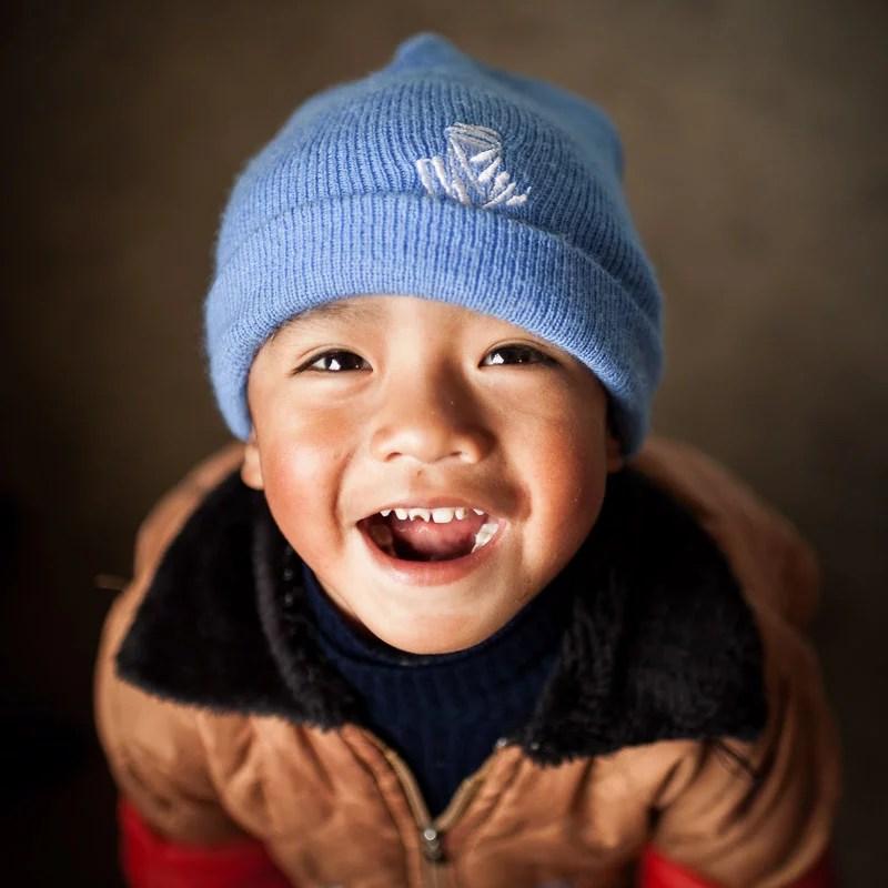 sonrisas_del_mundo_ai_jesus_g_pastor_001