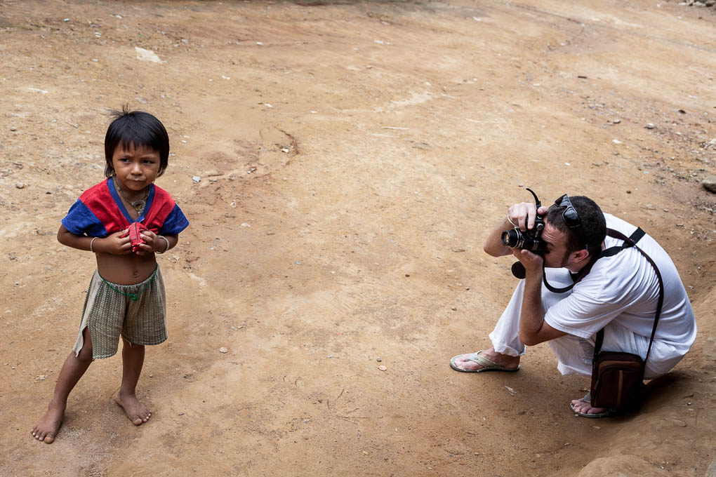 tailandia-tribus-mujeres-karen-jirafa-cuello-largo_3