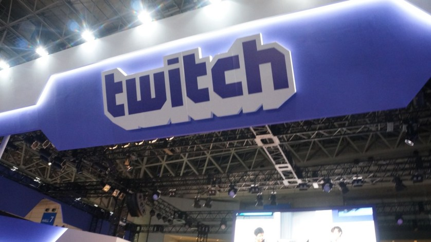 A huge twitch booth frames the TGS 2016.