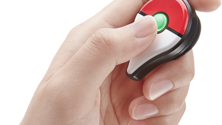 Pokémon Go Plus - Green Light (Alert)