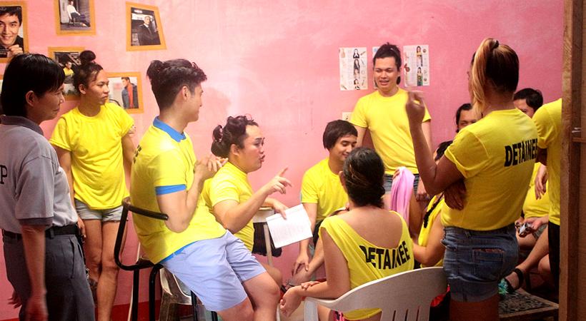 Ang mga Gang-da and their parlor inside the prison