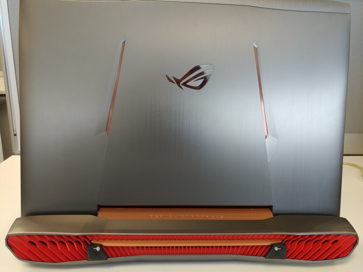 Trying out this 'Beastly' Gaming Laptop, the ASUS ROG G752VS! | First Impressions & Review