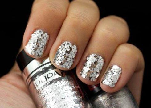 Nail art argento 25 suggerimenti per decorazioni unghie - Diva nails prodotti ...