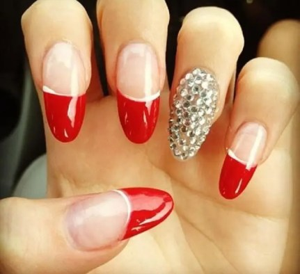 red-nails-art_05
