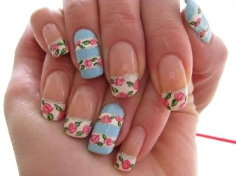 floral-french-tip-nail-art