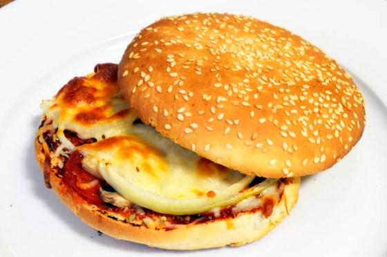 pepperonipizzaburger5